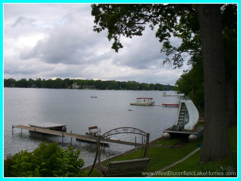 West Bloomfield MI Lake Homes for Sale